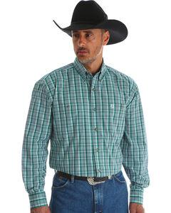 Wrangler Men's Green George Strait Double Pocket Plaid Shirt , Green, hi-res