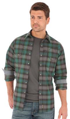 Wrangler Retro Men's Dark Plaid 2 Pocket Long Sleeve Snap Shirt, Green, hi-res
