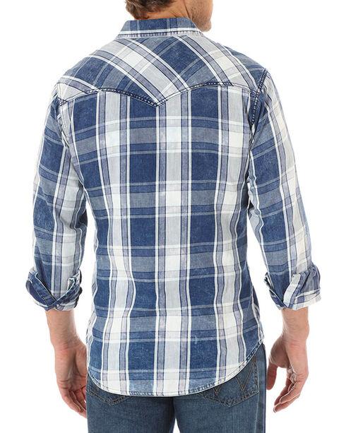 Wrangler Men's Blue Retro Plaid Short Sleeve Shirt , Blue, hi-res
