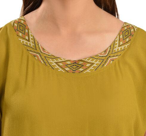 Ariat Women's Short Sleeve Scarlett Top, Serpent, hi-res