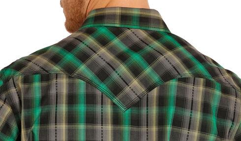 Rock and Roll Cowboy Men's Green Plaid Two Pocket Snap Western Shirt, Multi, hi-res