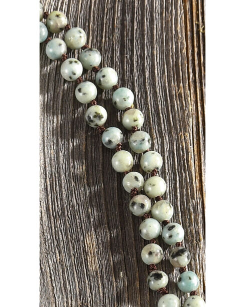 Shyanne Women's Speckled Beaded Necklace, Green, hi-res