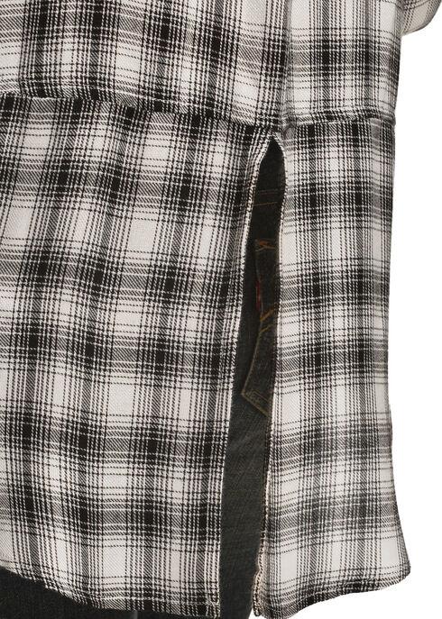 New Direction Sport Women's Plaid Split Back Western Shirt, Black, hi-res
