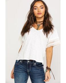 368da35b4773d Shyanne Women s White V-Neck Lace Short Sleeve Tee