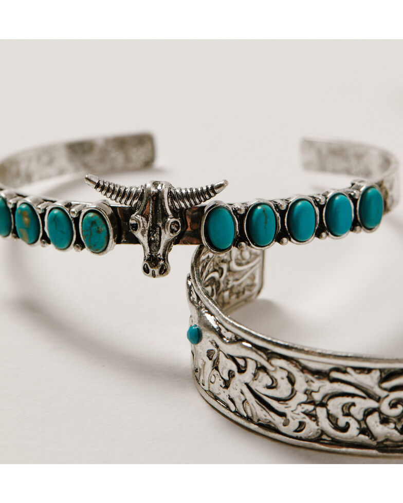 Shyanne Women's Wild Soul Longhorn Cuff Bracelet Set, Silver, hi-res