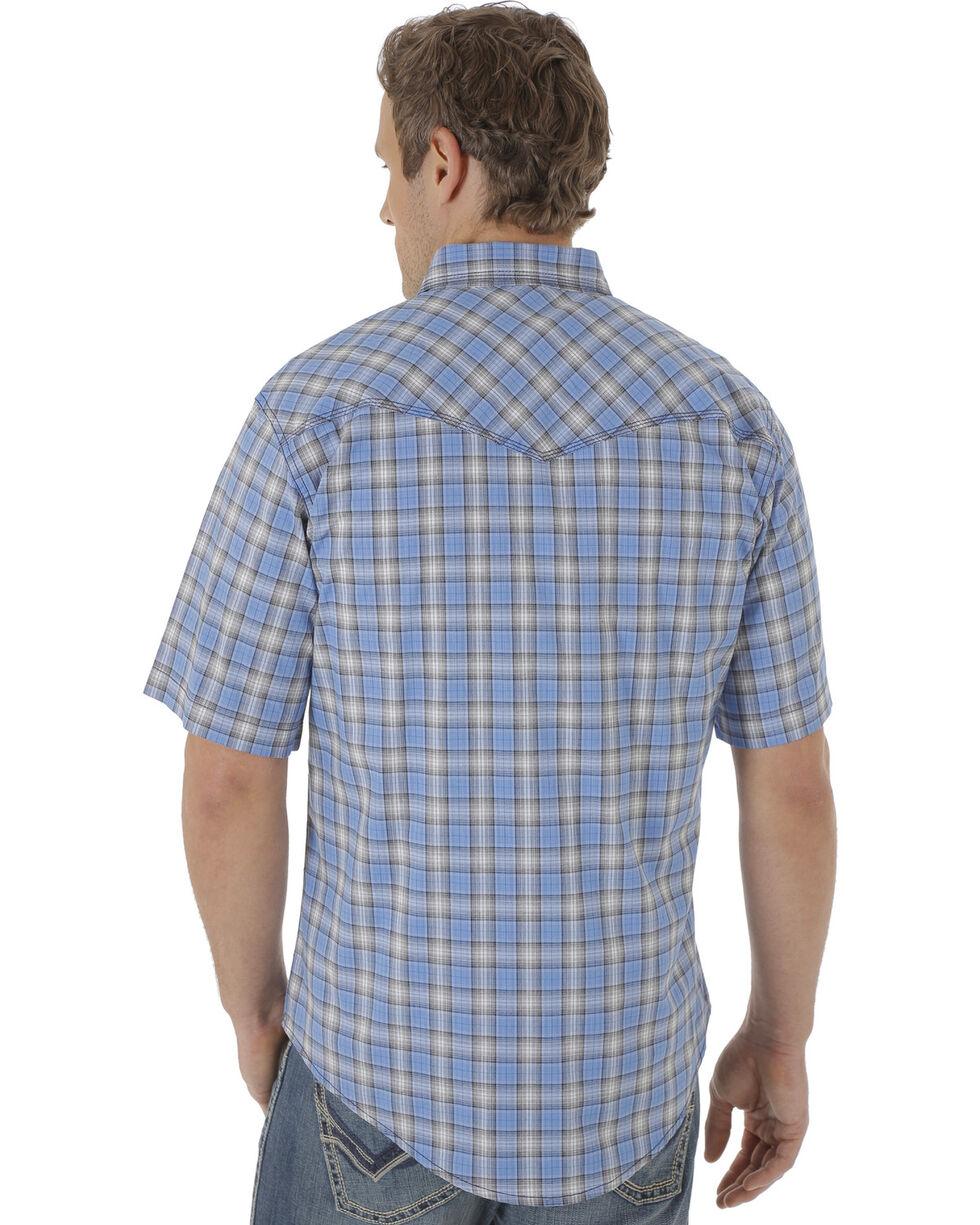 Wrangler 20X Men's Blue and Navy Plaid Short Sleeve Snap Shirt , , hi-res