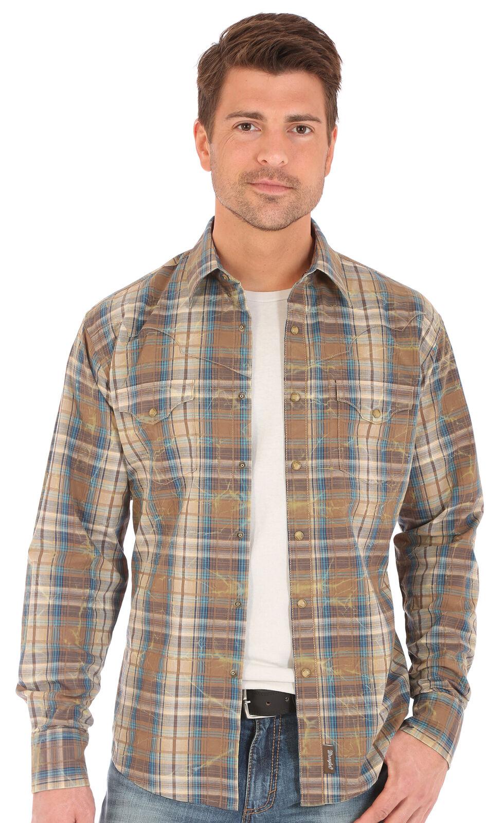 Wrangler Retro Men's Plaid 2 Pocket Long Sleeve Snap Shirt, , hi-res