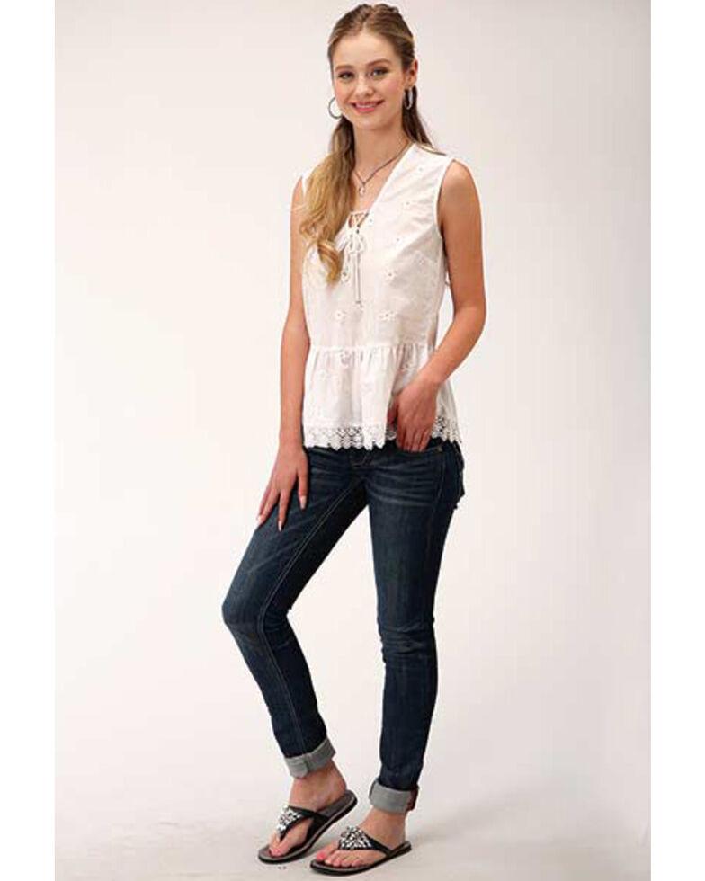 Roper Women's White Embroidered Sleeveless Babydoll Top , White, hi-res