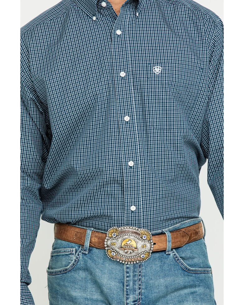 Ariat Men's Wrinkle Free Middlesburg Small Plaid Long Sleeve Western Shirt , Navy, hi-res