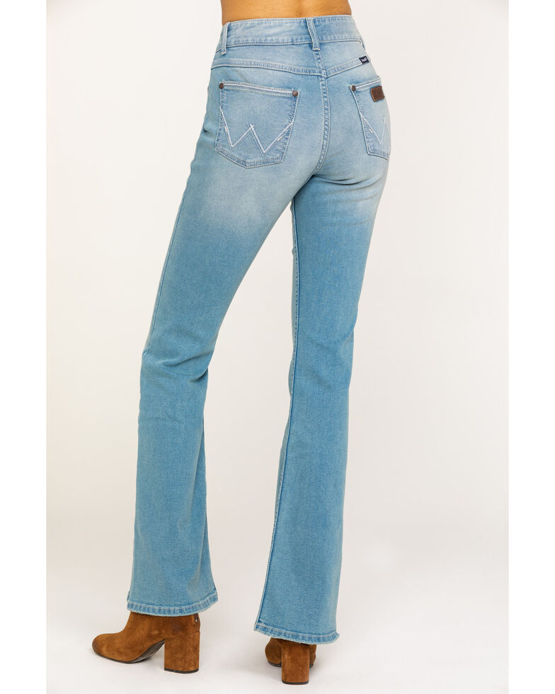 06bc95db Zoomed Image Wrangler Retro Women's Mae Flare Mid Light Flare Jeans , Blue,  hi-res