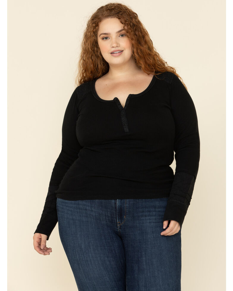 Levi's Women's 414 Classic Straight Jeans - Plus, Blue, hi-res