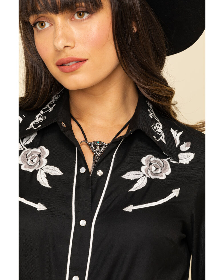 Roper Women's Black White Rose Embroidered Rodeo Long Sleeve Shirt , Black, hi-res