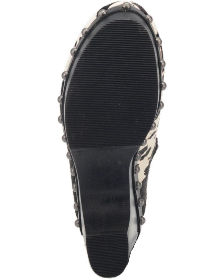 Dingo Women's Buttercup Clogs - Round Toe, Black, hi-res