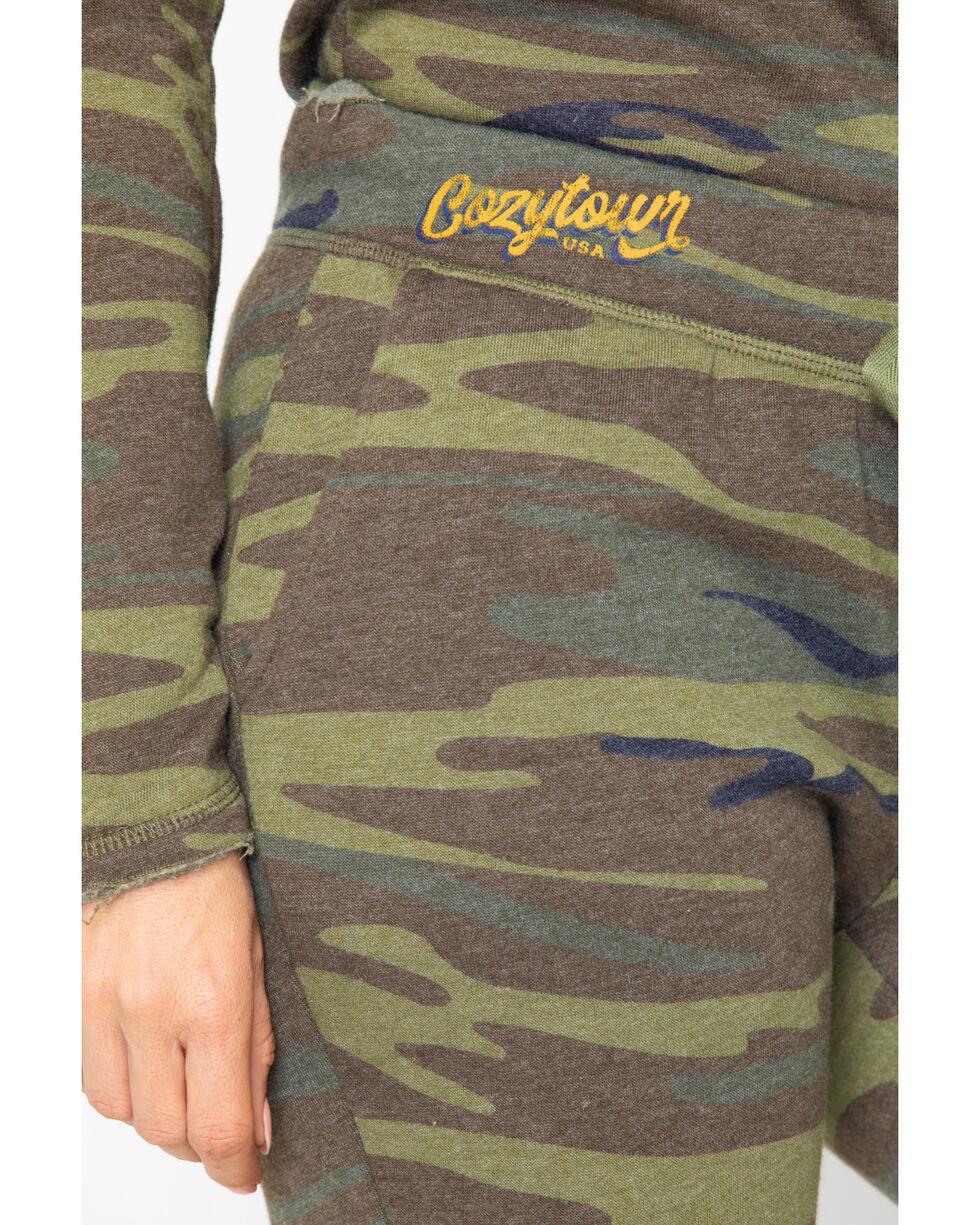 Idyllwind Women's Boss Lady Camo Favorite Fleece Pants, Camouflage, hi-res