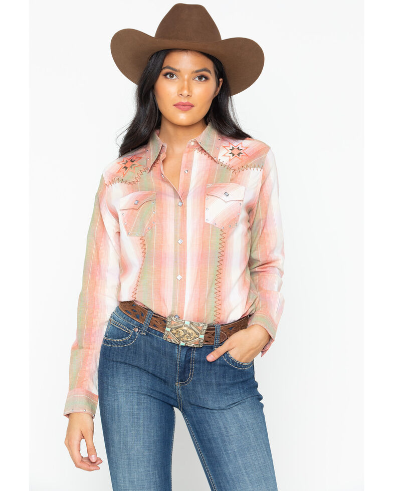 f4a56a38 Zoomed Image Wrangler Women's Vintage Whipstitch Snap Long Sleeve Western  Shirt, Blush, hi-res