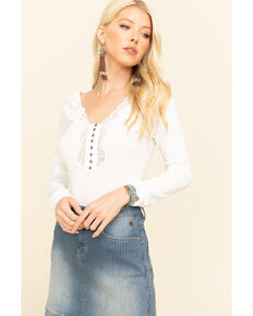 Idyllwind Women's Cozytown Lace Henley, Ivory, hi-res