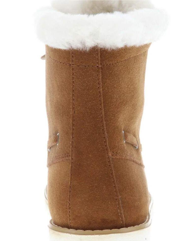 Lamo Footwear Women's Meru Winter Boots - Moc Toe, Chestnut, hi-res