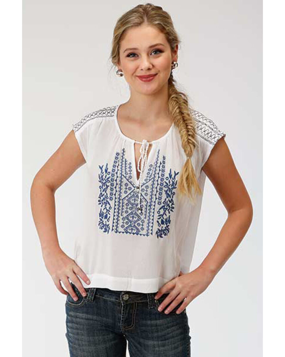 Roper Women's Embroidered Peasant Short Sleeve Blouse, White, hi-res