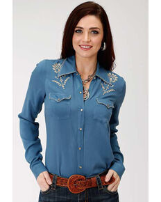 Studio West Women's Floral Embroidered Snap Long Sleeve Shirt, Green, hi-res