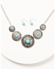 Prime Time Jewelry Women's 5 Concho Necklace and Earrings Set, Silver, hi-res