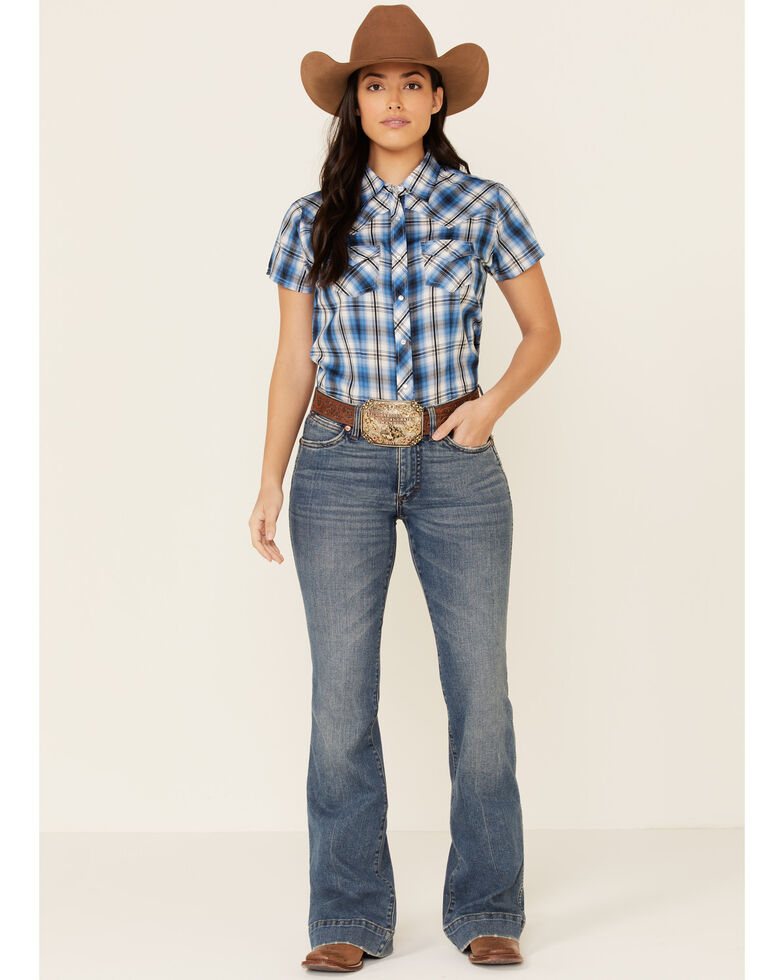Ely Walker Women's Navy Plaid Short Sleeve Snap Western Shirt , Navy, hi-res