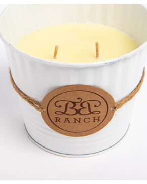 BB Ranch Cinnamon Vanilla Candle, White, hi-res