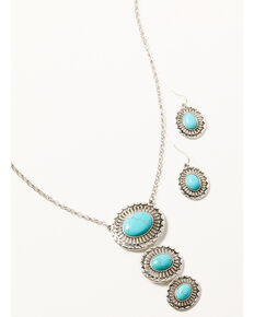 Shyanne Women's Silver & Turquoise Tri-shaped Oval Concho Jewelry Set, Silver, hi-res