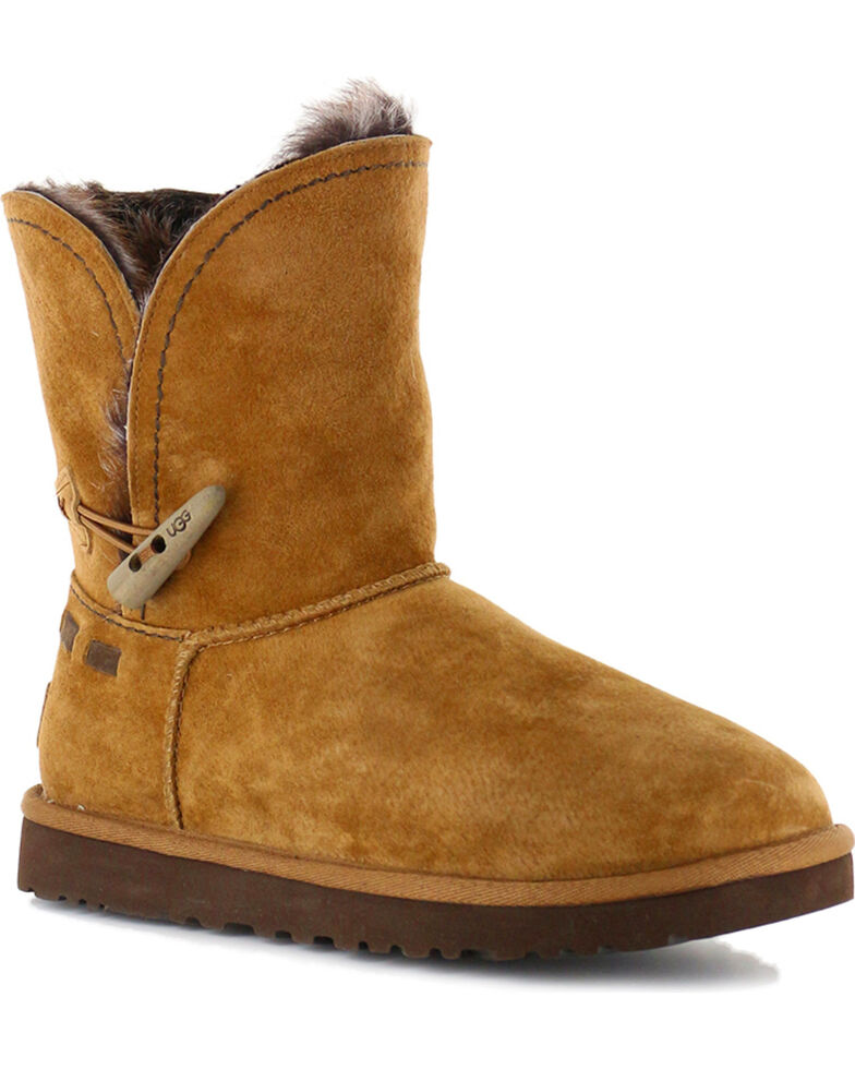 1e116ec5e04 UGG Women's Chestnut Classic Cedar Meadow Boots - Round Toe