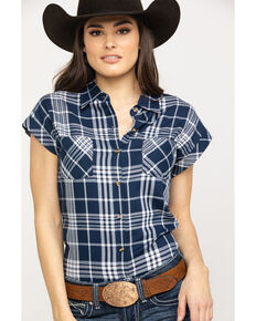 9740aba53152ff Cumberland Outfitters Women s Navy Plaid Snap Sleeveless Western Top