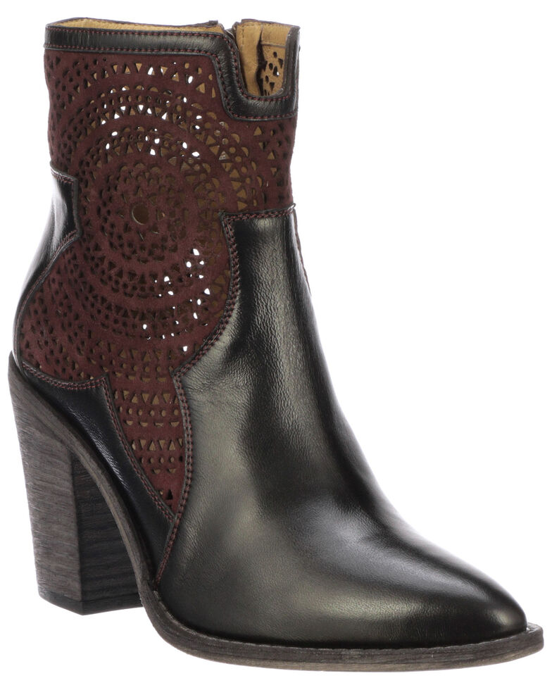 Lucchese Women's Tara fashion Booties - Pointed Toe, Black, hi-res