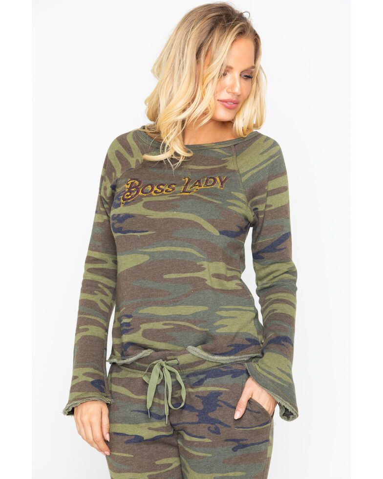 Idyllwind Women's Boss Lady Camo Favorite Fleece Top, Camouflage, hi-res