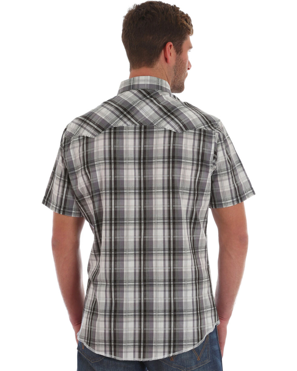 Wrangler Men's Black Plaid Short Sleeve Snap Shirt, Black, hi-res
