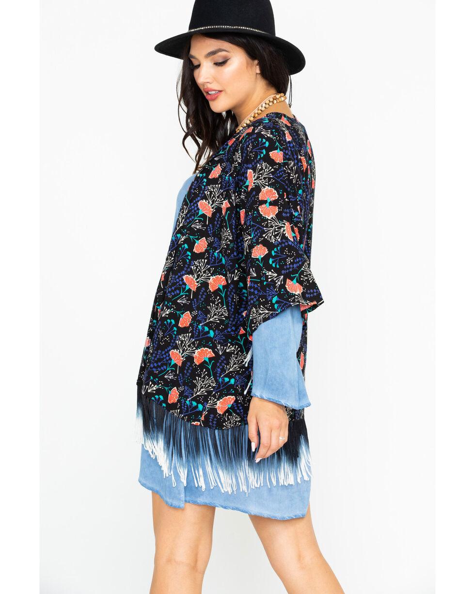 Rock & Roll Cowgirl Women's Carnation Print Kimono, Black, hi-res