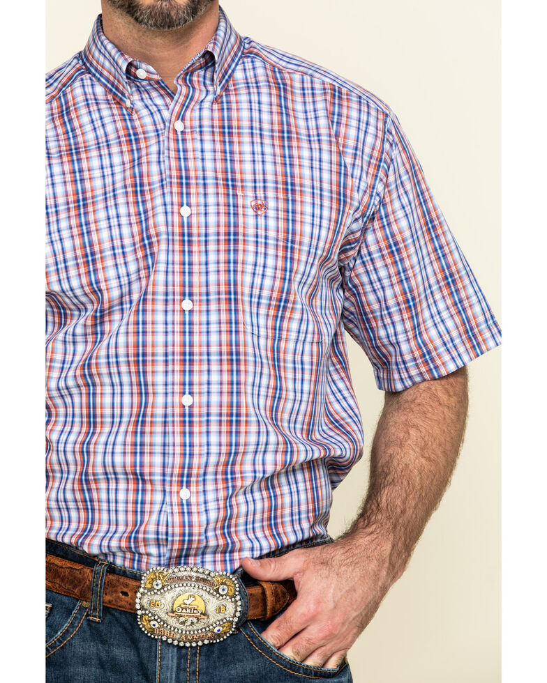 Ariat Men's Wrinkle Free Wayne Small Plaid Short Sleeve Western Shirt , Multi, hi-res