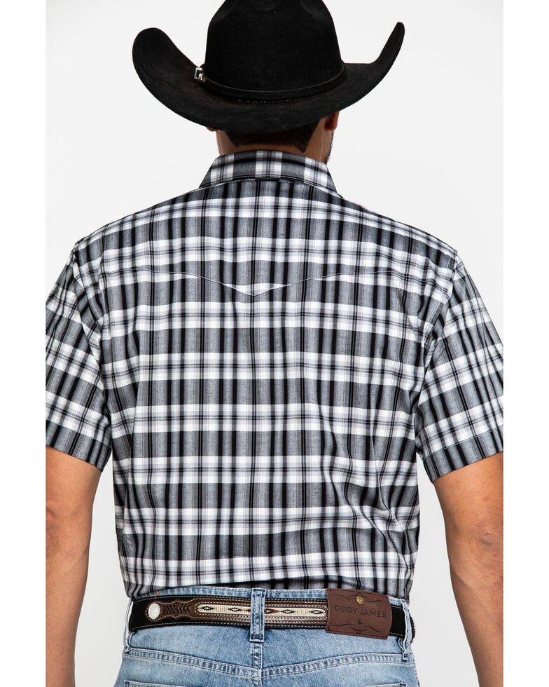 Wrangler Men's Wrinkle Resist Black Med Plaid Short Sleeve Western Shirt , Black, hi-res