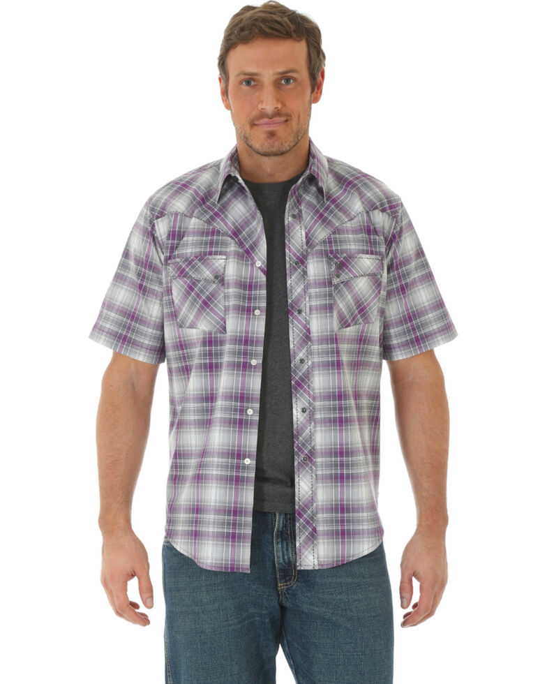 Wrangler Men's Purple Plaid Short Sleeve Western Shirt , Purple, hi-res
