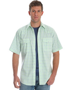 Wrangler Men's Wrinkle Resist Green Plaid Short Sleeve Western Shirt , Green, hi-res