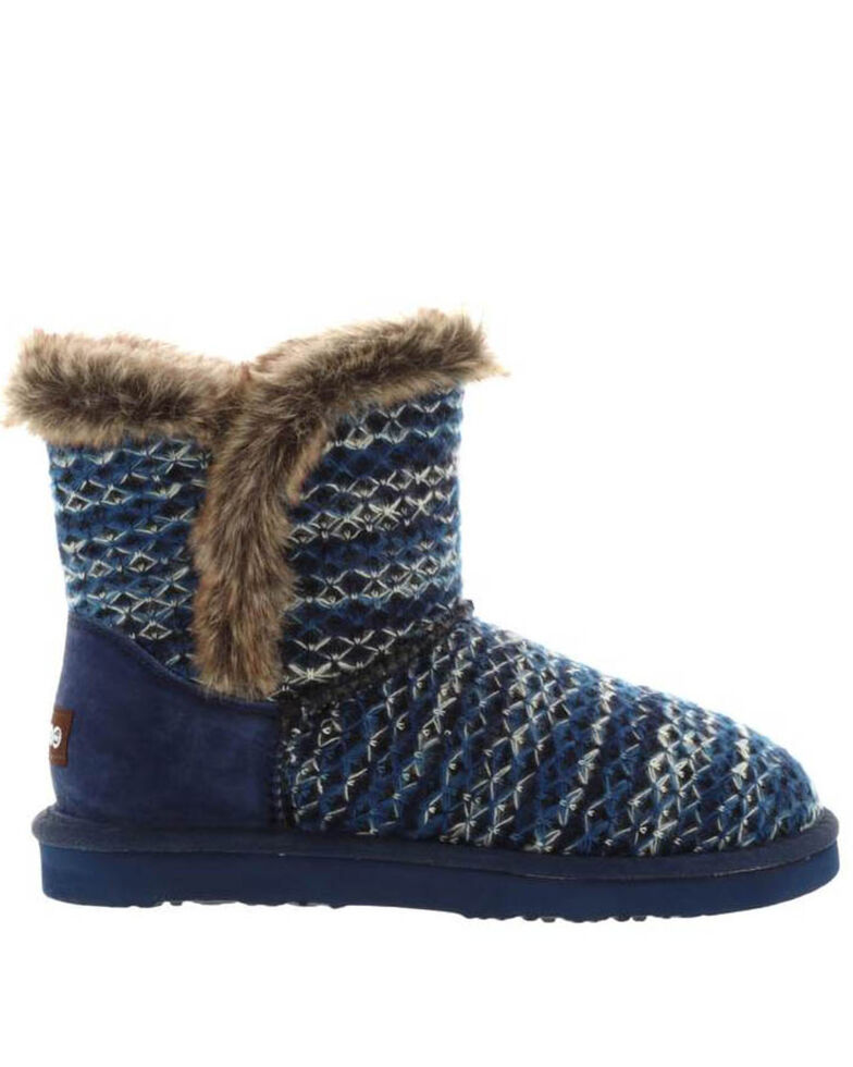 Lamo Footwear Navy Women's Yuma Fleece Boots - Round Toe, Navy, hi-res