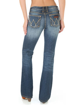 Wrangler Women's Medium Wash Retro Mae Jeans , Blue, hi-res