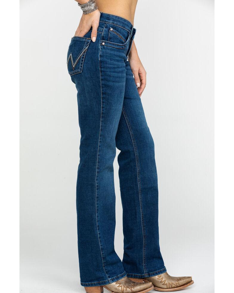 Wrangler Women's Ultimate Riding Medium Gold Hill Q-BABY Jeans, Blue, hi-res