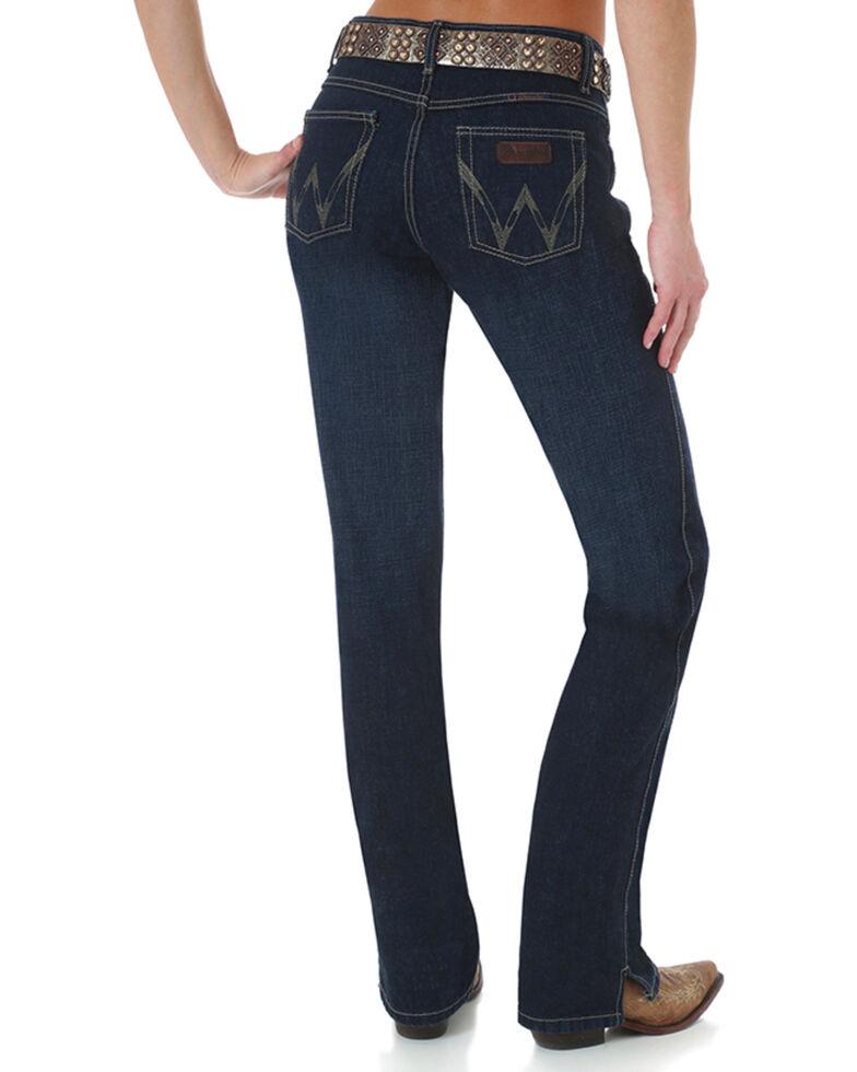 1dc6a76e Zoomed Image Wrangler Women's Dark Wash Cash Ultimate Riding Jeans, Blue,  hi-res