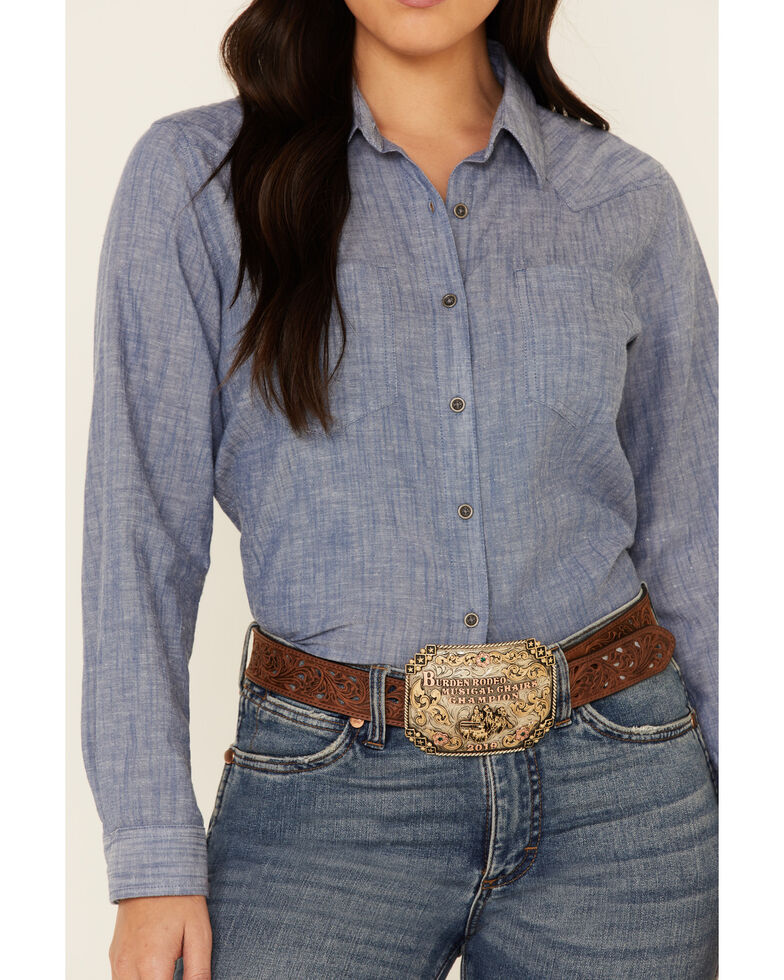 Ariat Women's R.E.A.L Chambray Billie Jean Embroidered Long Sleeve Western Core Shirt , Blue, hi-res