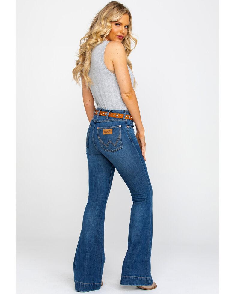 8cff86174 Zoomed Image Wrangler Women's Midtown High Rise Med Trouser Jeans , Blue, hi -res