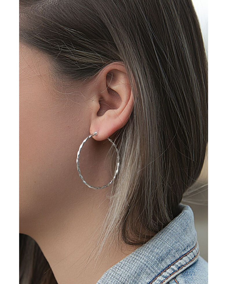 Montana Silversmiths Women's Cut Rope Hoop Earrings, Silver, hi-res