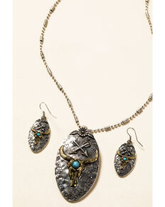 Shyanne Women's In The Oasis Longhorn Pendant Jewelry Set , Silver, hi-res