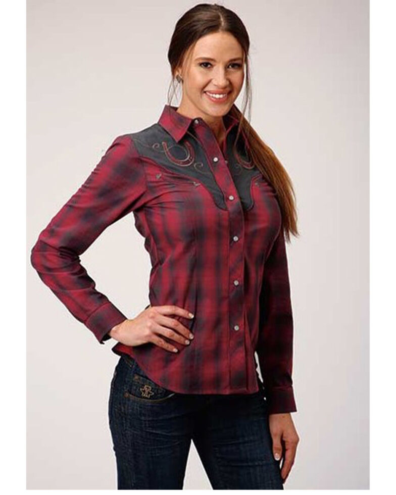Karman Women's Red Plaid Horseshoe Embroidery Long Sleeve Western Shirt , Red, hi-res