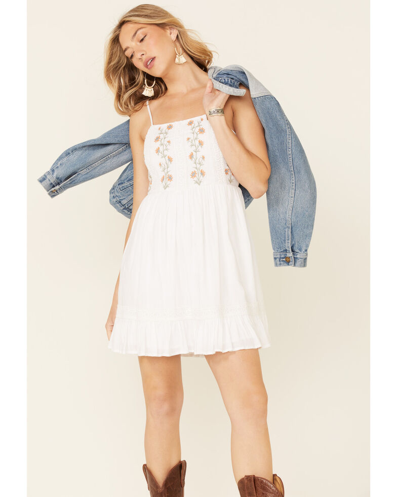 Patrons of Peace Women's Embroidered Lily Dress, White, hi-res