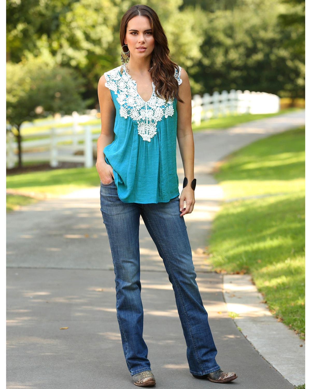 90706a3ba2535d Wrangler Women's Emerald Crochet Yokes Top - Country Outfitter