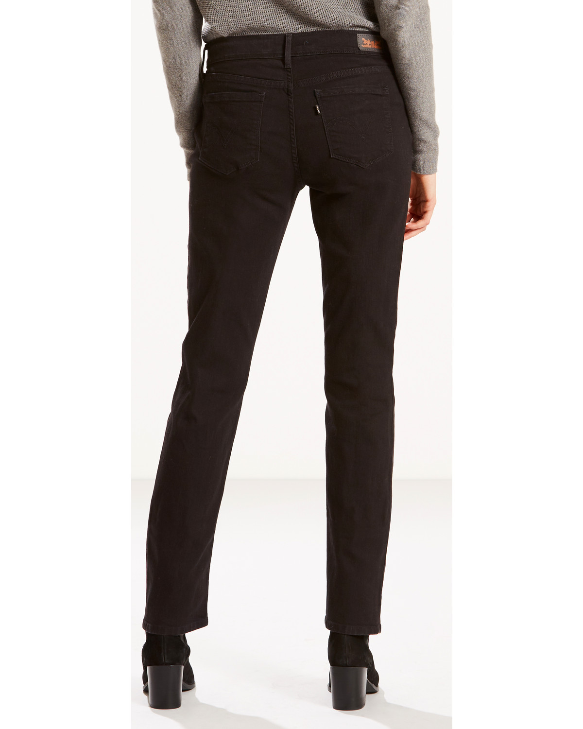 0e03140b61d Levi s Women s 505 Straight Leg Jeans - Country Outfitter
